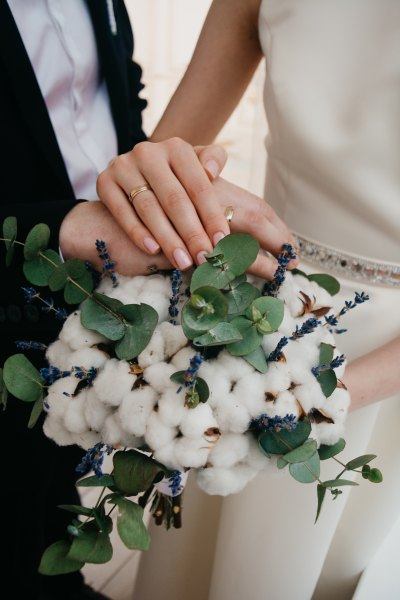 Wedding by Irina Kostenich-555449-unsplash