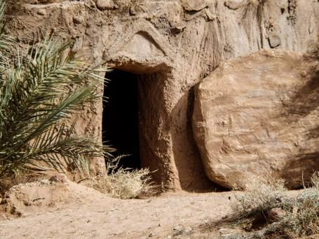 Empty Tomb B