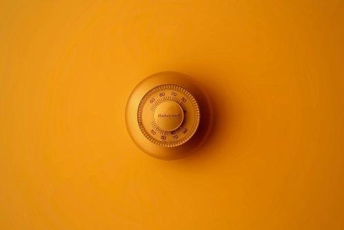Thermostat by Moja Msanii-514249-unsplash