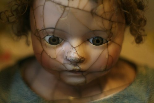 Fractured Doll by Aimee Vogelsang-106103-unsplash