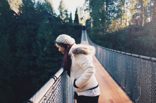 Woman on a Bridge by Isaac Viglione-59294-unsplash_reduced to 800x533